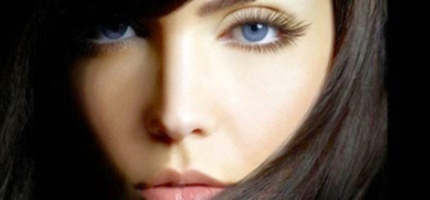 Natural ways to get long lashes